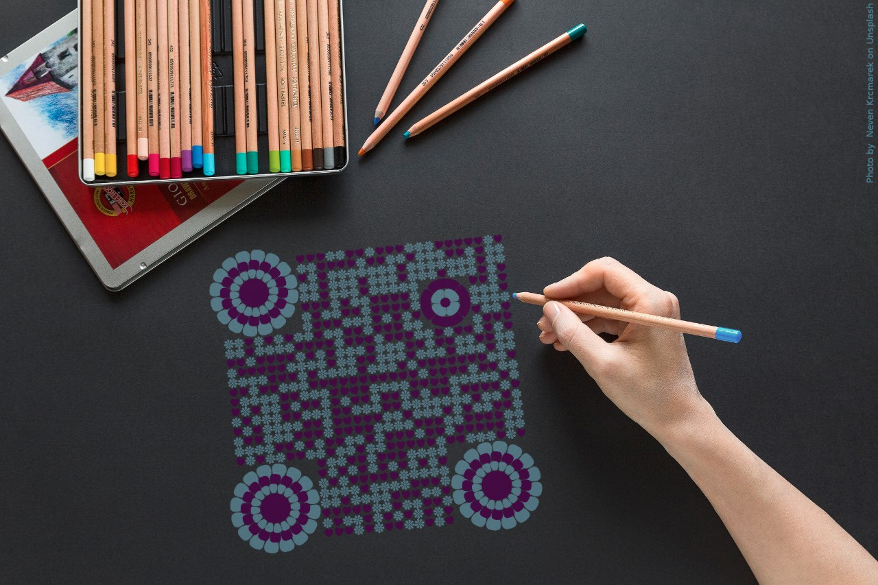 QrcodeLab online qr code generator - qr code image editor - flower theme QR code like hand drawn with color pencils